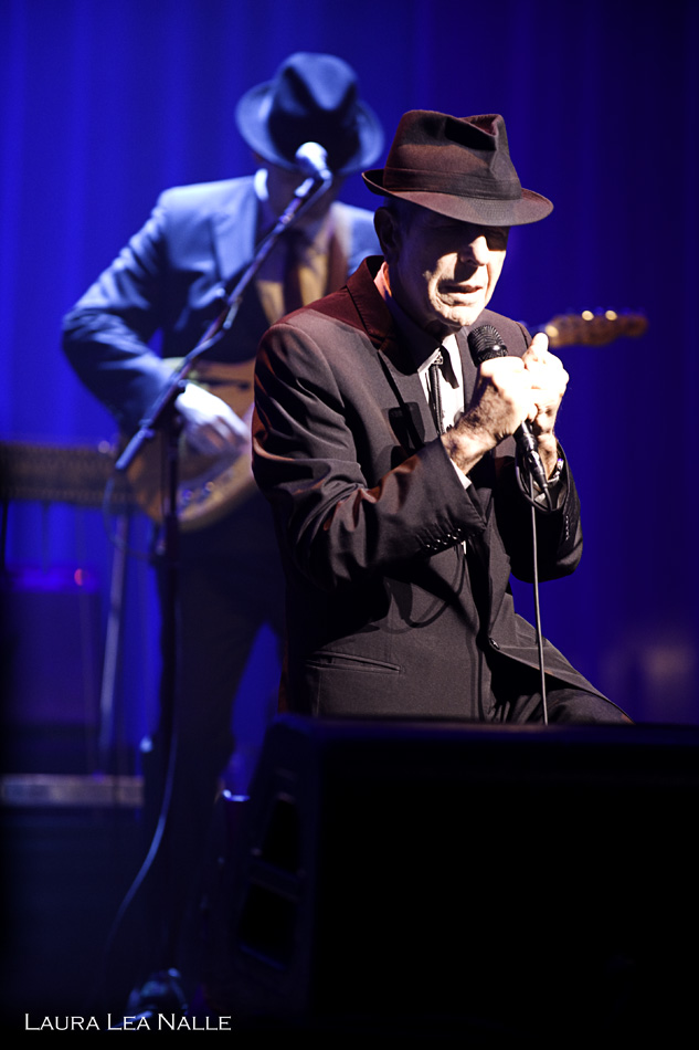 Leonard Cohen live in Austin, Texas 2009 photo by Laura Lea Nalle