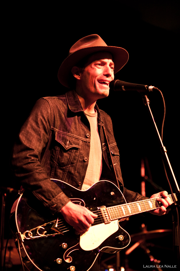 Jakob Dylan live at the Day Stage Cafe, SXSW 2010, photo by Laura Lea Nalle