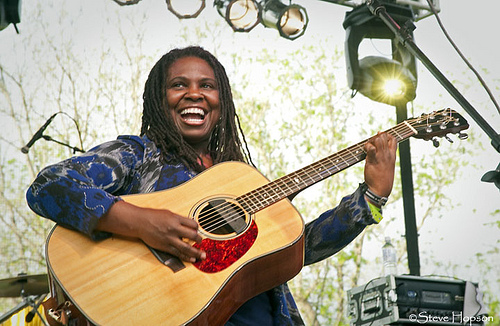 Ruthie Foster at Old Settler's 2010, photo be Steve Hopson