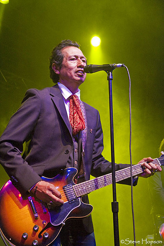 Alejandor Escovedo at Old Settler's 2010, photo be Steve Hopson