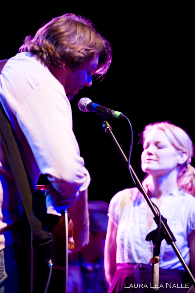 Kelly Willis & Bruce Robison live at the Austin Music Hall, Help Austin Help Haiti Benefit, January 2010, photo by Laura Lea Nalle